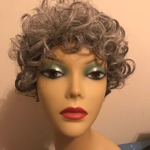 Other - Women's Deja vu Mixed Grey wig curly color 51 mix